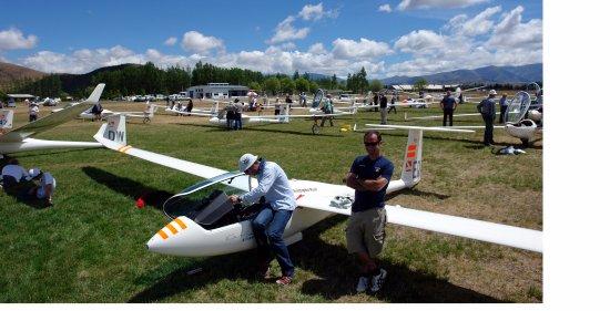 Glide Omarama: Omarama Airfield