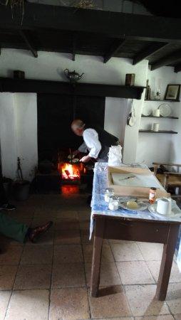Holywood, UK: Making soda bread