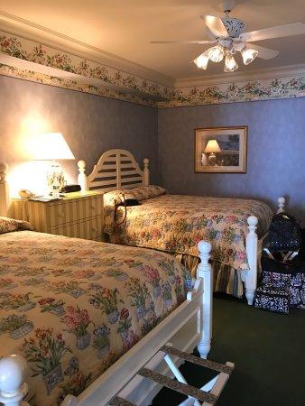 Main Street Inn and Suites: photo2.jpg