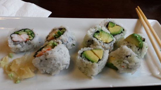Agassiz, Canadá: Amazing California and Avocado rolls (some already eaten...)