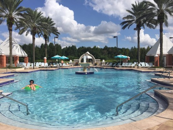 Hilton Grand Vacations at SeaWorld: photo1.jpg