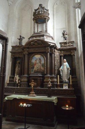 Pont-Audemer, Francia: la piccola cappella laterale