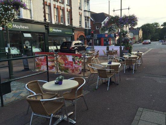 Horley, UK: New decoration