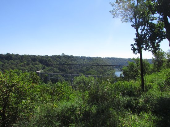 Lawrenceburg, KY: View of Kentucky River and bridge over it