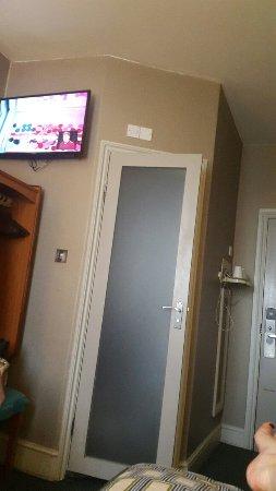 Sidney Hotel London-Victoria: 20160920_164747_large.jpg