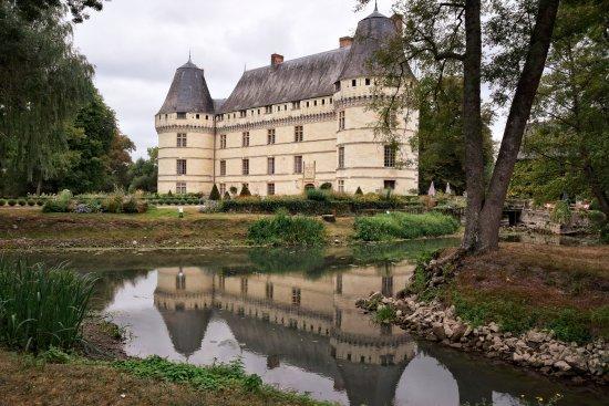 Azay-le-Rideau, France : Zicht vanuit de tuin