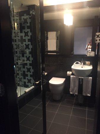 The Fitzwilliam Hotel Belfast: Bathroom