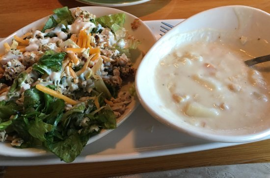 Bay City, MI: soup and salad luncheon