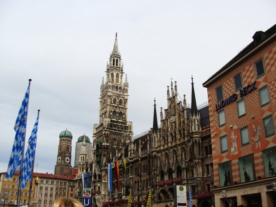 new town hall neus rathaus new town hall in munchen must see - Munchen Must See