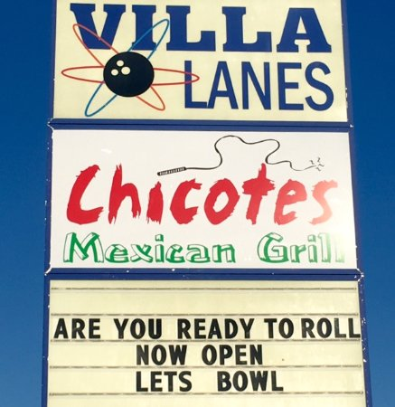 Decatur, IN: Chicotes Main Sign