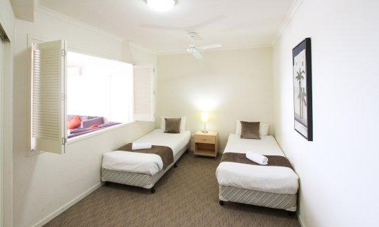 Caloundra, Australia: Family friendly hotel with Twin single options