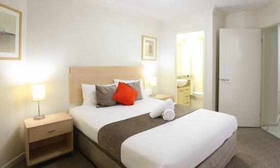 Caloundra, Australia: Luxury bedding