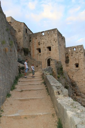 Klis, Croazia: Stairs inside of fortress