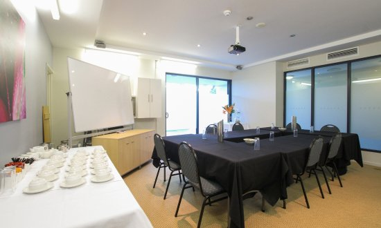 Caloundra Central Apartment Hotel: Meeting and Events Room