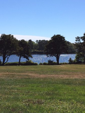 Stonehouse Manor at Popham Beach B&B: View of Silver Lake. Fresh water lake for swimming, fishing, kayaking.