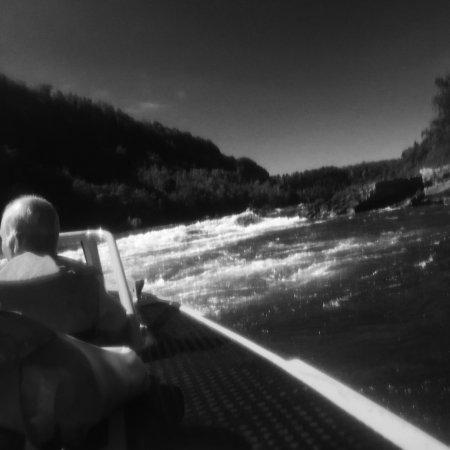 Whirlpool Jet Boat Tours: photo1.jpg
