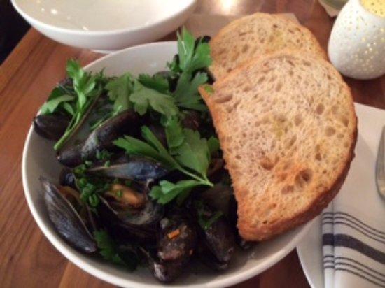 Roswell, Georgien: Braised pei mussels