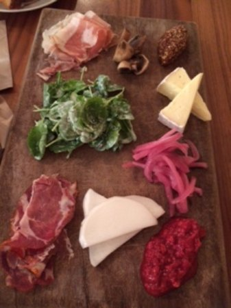 Roswell, Georgien: Charcuterie and cheese
