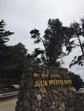 Julia Pfeiffer Burns State Park: amazing fall pour down merging to the hypnotic crystal blue beach…