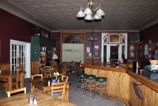 Sauk Centre, MN: Restaurant-Bar
