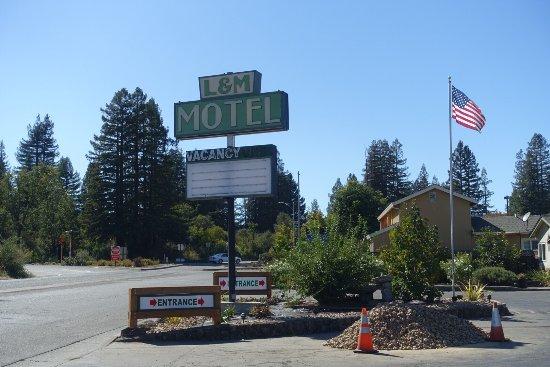 L & M Motel