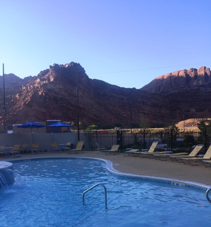 Having the mountains in view from the pool was a big plus!