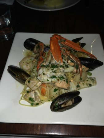 Williamstown, Australia: Seafood linguine