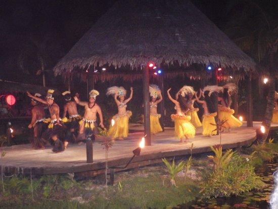 Muri, Islas Cook: The cultural show