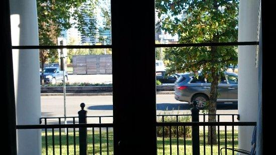Kensington Riverside Inn: View from river view suite