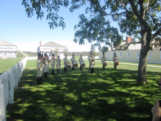 Fort George National Historic Site of Canada: Band display