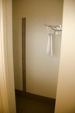 Paradise Motor Inn : Delexe Bathrooms