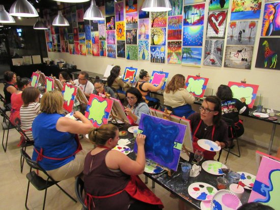 ‪‪Pearland‬, تكساس: Teachers painting session‬