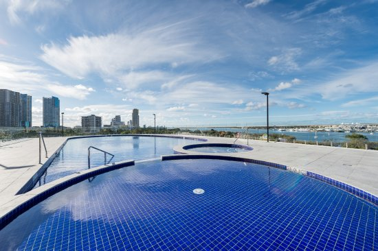Rooftop Podium Pool and Spa Facilities (218884733)