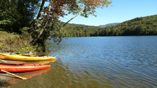 Kayaking on Waterbury Reservoir - Picture of Umiak Outdoor Outfitters,  Stowe - Tripadvisor