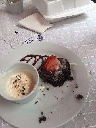 Casareyna Hotel: POstres