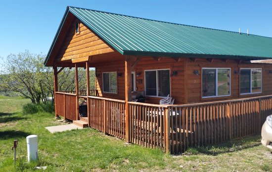 La Sal, UT: Cabin on property