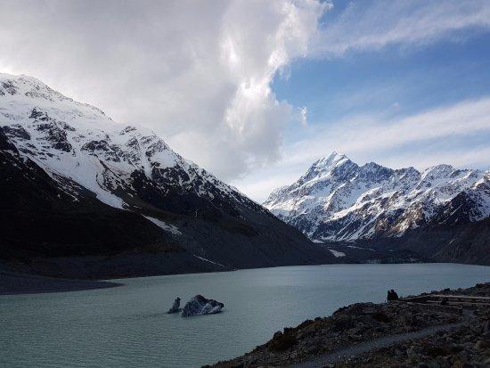 Aoraki Mount Cook National Park (Te Wahipounamu), Νέα Ζηλανδία: early spring glacier view