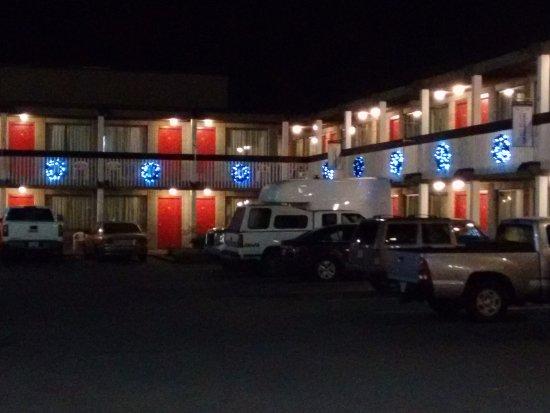 Thunderbird Motor Inn Photo
