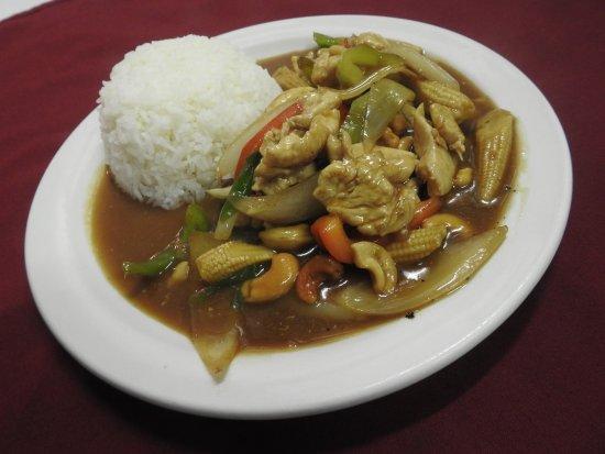 """Wasilla, AK: Kai himaparn """"cashew chicken"""""""
