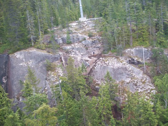Squamish, Kanada: Some people choose the cheap option and walk up...
