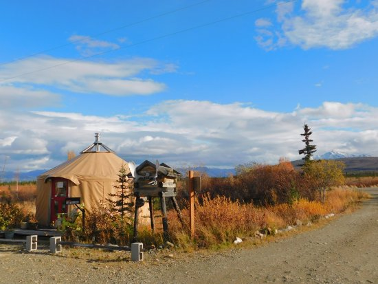 Healy, AK: Yurt Office