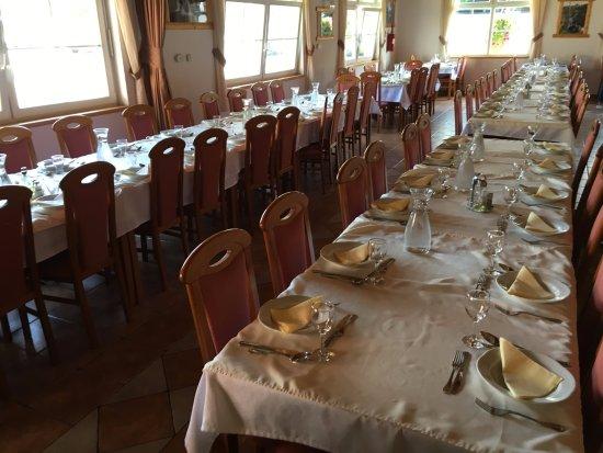 Slunj, Croácia: The restaurant (inside)