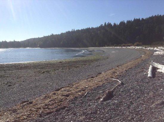 Gabriola Island, Canada: The rocky end of the beach