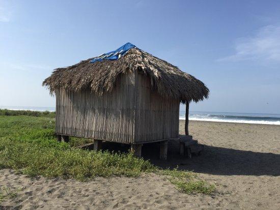 Tonala, Mexiko: Playa Parachico en el Manguito , a 35 km de Puerto Arista dirección Boca del cielo