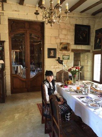 Roiffe, Prancis: Breakfast time