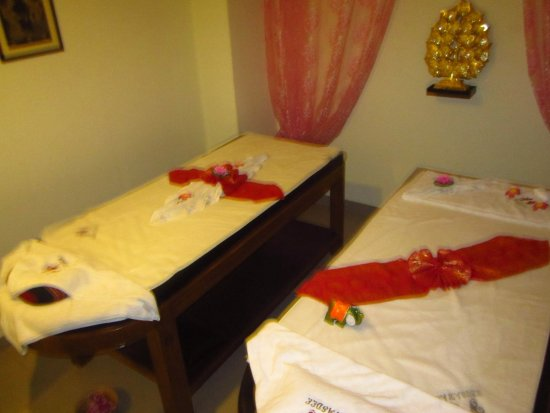 xnxxn sawasdee thai massage