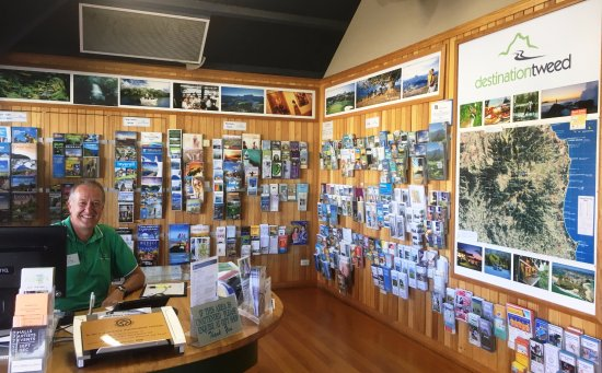 Murwillumbah, Austrália: Our friendly staff and volunteers are always happy to help with their local knowledge.