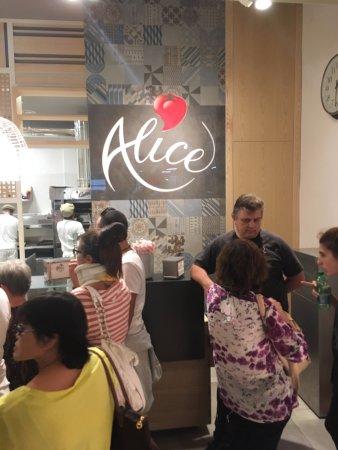 Alice Pizza: Alice