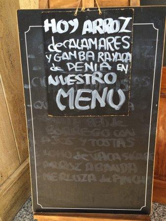 Almussafes, إسبانيا: Restaurante Dias de Vino y Rosas