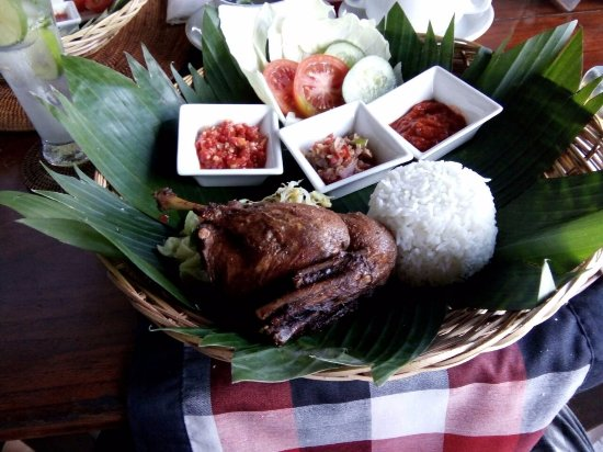 Subagan, Indonesia: The delicious crispy duck, with balinese 'sambal' in three ways and urab